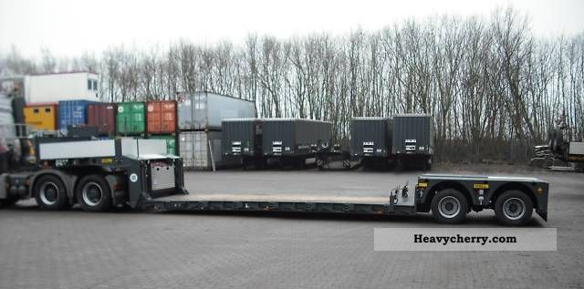 2009 Doll  \ Semi-trailer Low loader photo