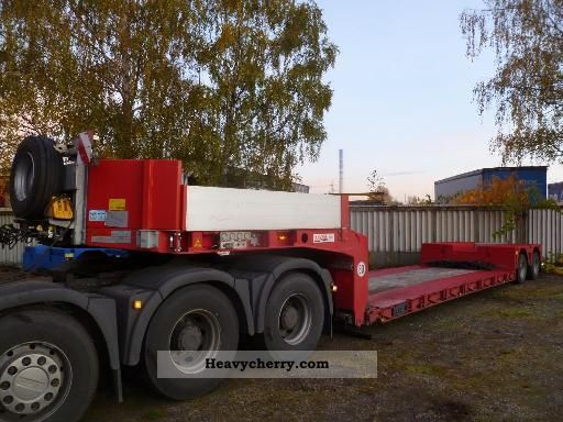 2010 Doll  2-axle low-bed - telescopic Semi-trailer Low loader photo