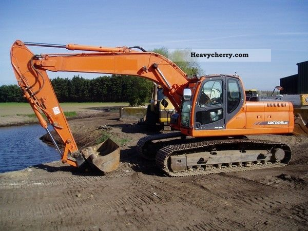 2008 Doosan  DX 225 LC! Ditch cleaning bucket + SW! Construction machine Caterpillar digger photo