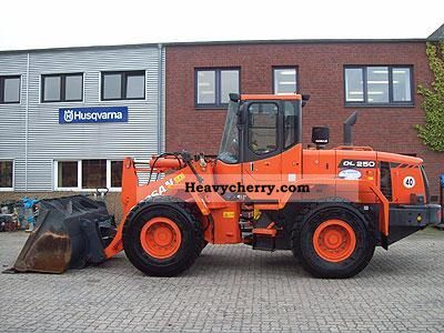 2010 Doosan  DL 250 Construction machine Wheeled loader photo