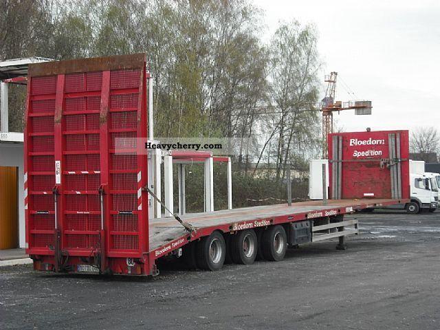 2003 ES-GE  3-axis Mega-plateau with continuous loading dock Semi-trailer Platform photo