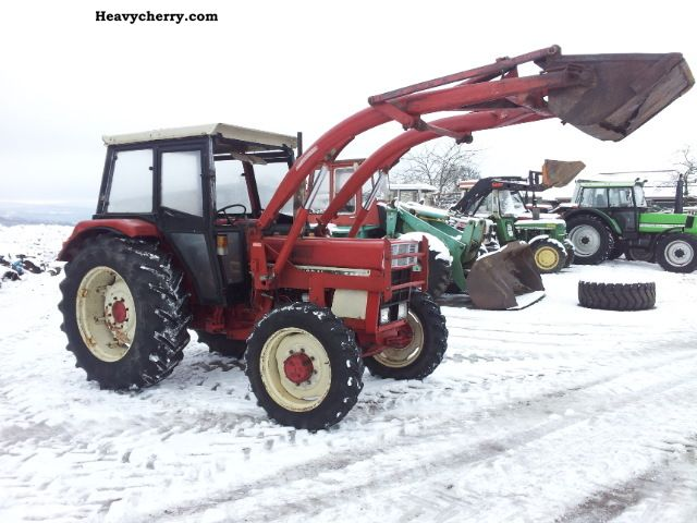 1980 Case  644 wheel loader with Agricultural vehicle Tractor photo