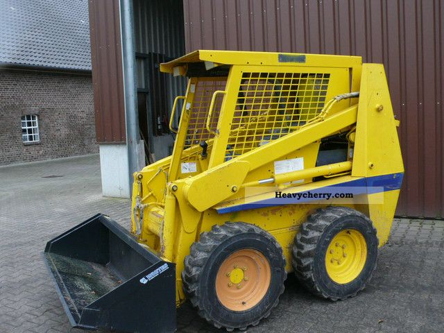 2001 Case  1840 Bobcat Skid Steer Construction machine Mini/Kompact-digger photo