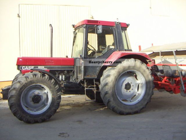 1991 Case  1056XL Agricultural vehicle Tractor photo
