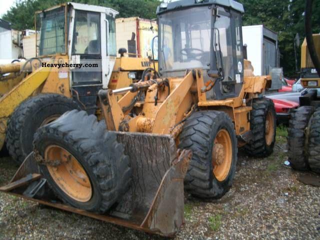 1996 Case  321 B Construction machine Wheeled loader photo