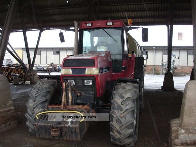 1992 Case  7120 Agricultural vehicle Tractor photo