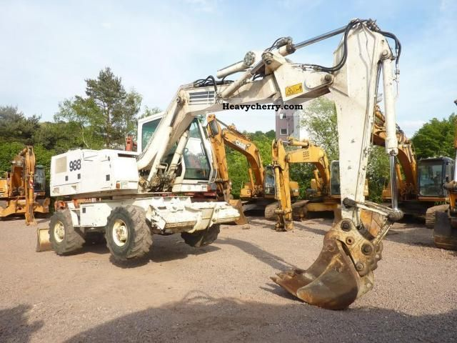 2000 Case  * Year * 988P + 2000/Sw/Schild outriggers / Monobl + swivel Construction machine Mobile digger photo