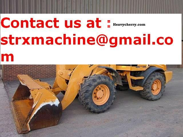 2002 Case  321D Construction machine Wheeled loader photo