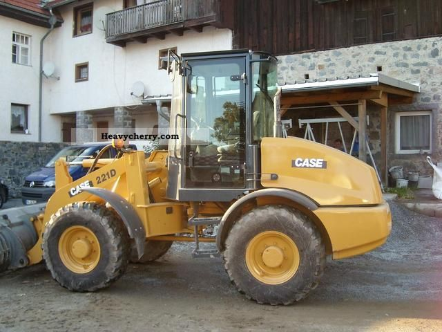 2005 Case  221D Construction machine Wheeled loader photo