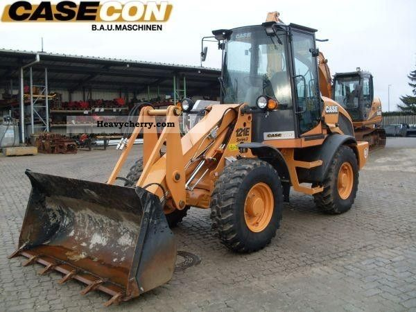 2011 Case  121 E Tier III\u003e\u003e DEMO \u003c\u003c Construction machine Wheeled loader photo
