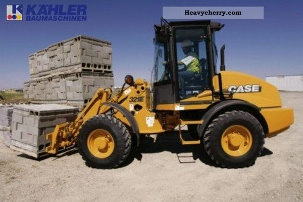 2011 Case  321E Construction machine Wheeled loader photo