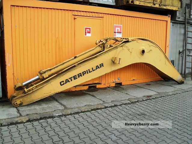 2011 CAT  Mono boom for 225 Construction machine Mobile digger photo