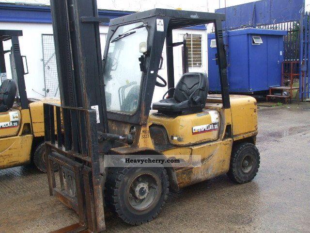 2001 CAT  DP35K Forklift truck Front-mounted forklift truck photo