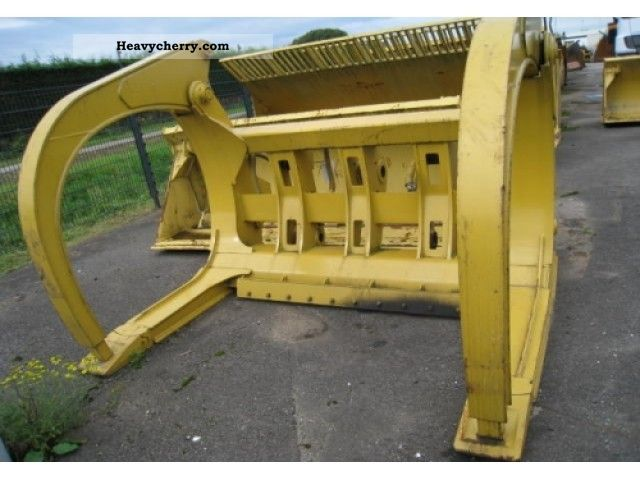 2006 CAT  Logging Forks Construction machine Other substructures photo