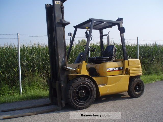 1995 CAT  DP 30 - DIESEL Forklift truck Front-mounted forklift truck photo