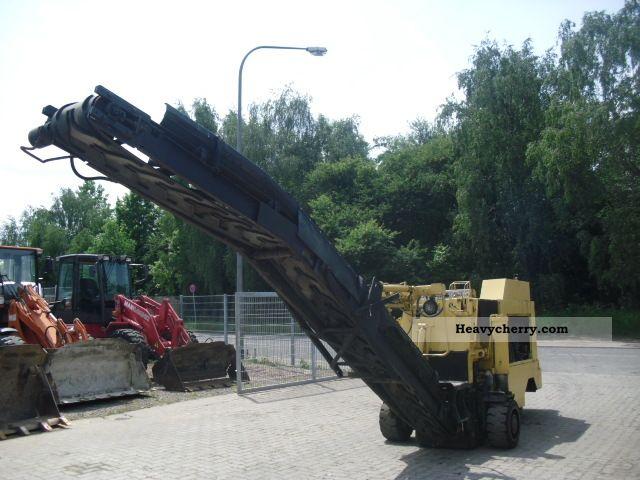 1992 CAT  Bitellii 600 milling machine Construction machine Road building technology photo