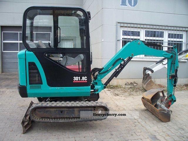 2006 CAT  301.8 C telescopic undercarriage Construction machine Mini/Kompact-digger photo