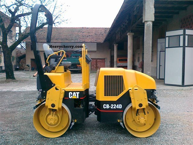2000 CAT  CB 224 D, TOP CONDITION Construction machine Rollers photo
