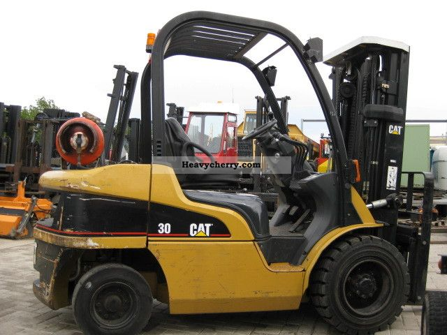 2004 CAT  GP30N Forklift truck Front-mounted forklift truck photo