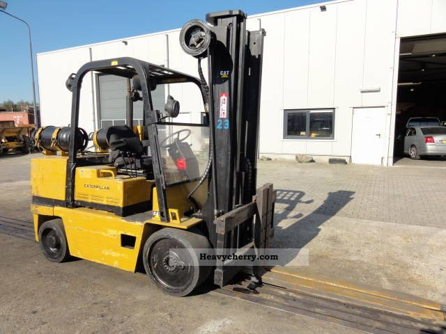 1992 CAT  T150 D 7.5 ton lift capacity Forklift truck Front-mounted forklift truck photo
