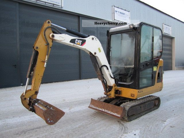 2008 CAT  301.6 C Construction machine Mini/Kompact-digger photo
