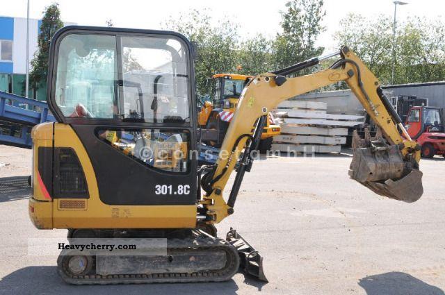 2008 CAT  301.8C / Year 2008 / 850 h / 1 Hand Construction machine Mini/Kompact-digger photo