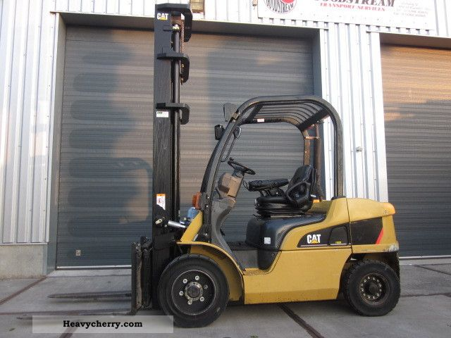 2007 CAT  DP30N Forklift truck Front-mounted forklift truck photo