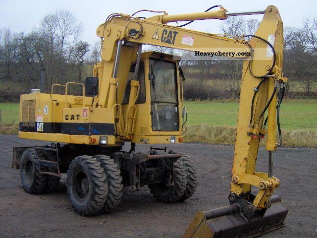 1991 CAT  BFT 206 Construction machine Mobile digger photo