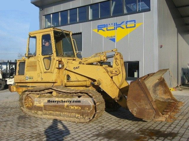 1985 CAT  963 Construction machine Dozer photo