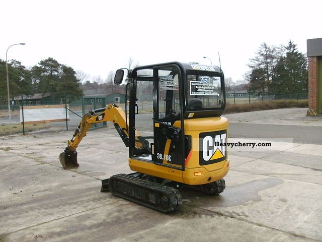 2010 CAT  301.8C Construction machine Mini/Kompact-digger photo