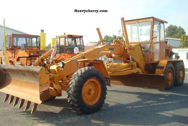 1972 CAT  Meiller - GR12 T Construction machine Grader photo