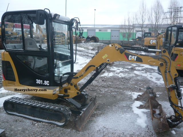 2007 CAT  301.8C Construction machine Other construction vehicles photo