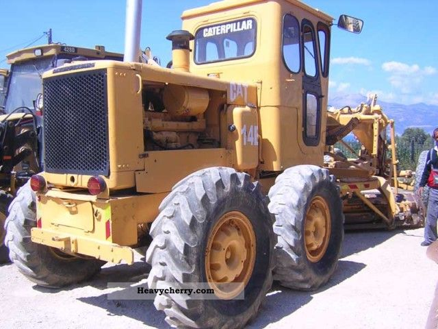 1975 CAT  14E Construction machine Grader photo