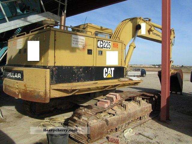 1988 CAT  225-CAT-TOPZUSTAND ORIGINAL.FARBE-AIR-year 1988 Construction machine Caterpillar digger photo