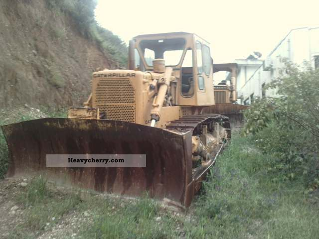 CAT D6C 1978 Dozer Construction Equipment Photo and Specs