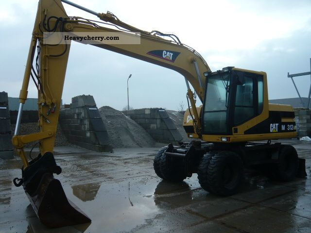 2001 CAT  M312 Construction machine Mobile digger photo