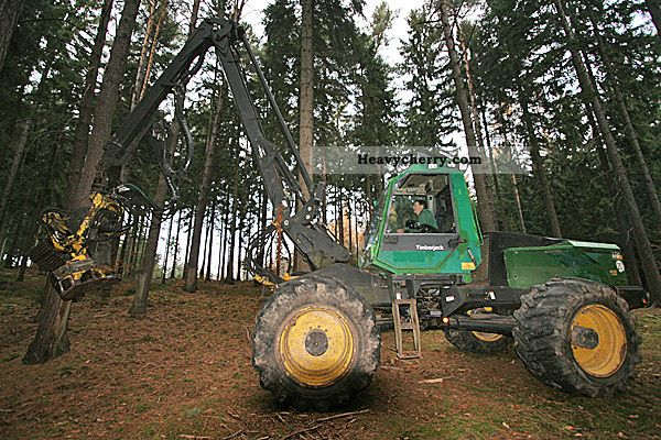 1995 CAT  Timberjack 870 harvester Construction machine Other construction vehicles photo