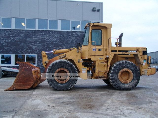 1991 CAT  950F1 Construction machine Wheeled loader photo