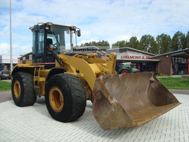 2001 CAT  928G Construction machine Wheeled loader photo