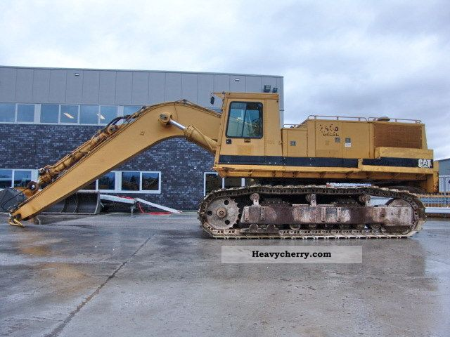 1990 CAT  245B Construction machine Caterpillar digger photo