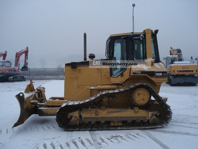 1998 CAT  D5M Construction machine Dozer photo