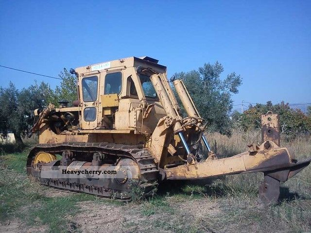 1981 CAT  D8K Construction machine Dozer photo