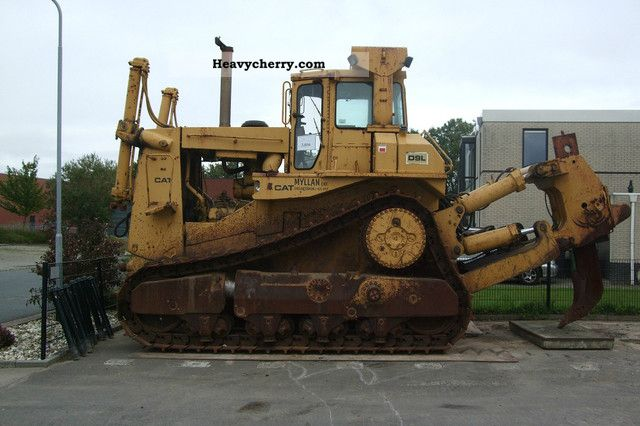CAT D9L with ripper 1982 Dozer Construction Equipment Photo
