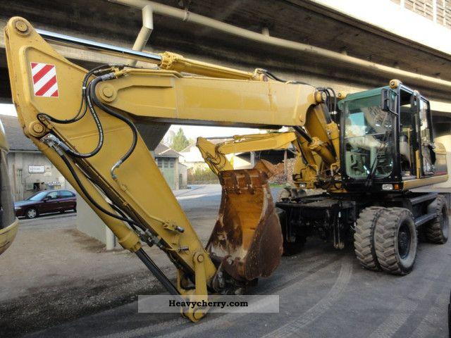 2005 CAT  M 322 C Construction machine Mobile digger photo