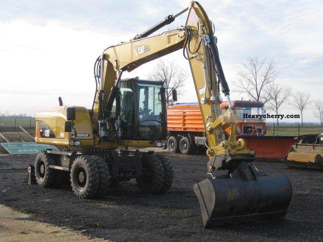 2010 CAT  M313 D Construction machine Mobile digger photo
