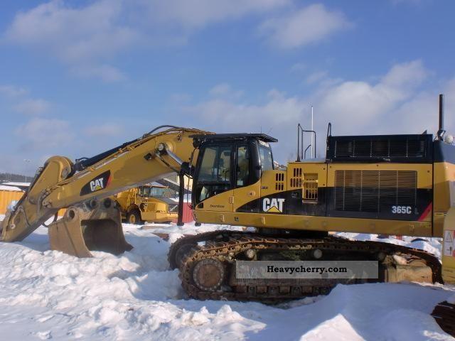 2007 CAT  CL 365 with GPS Construction machine Caterpillar digger photo