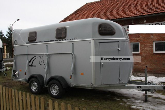 2011 Cheval Liberte  * 4004 * 4-horse trailer with aluminum floor he Trailer Cattle truck photo