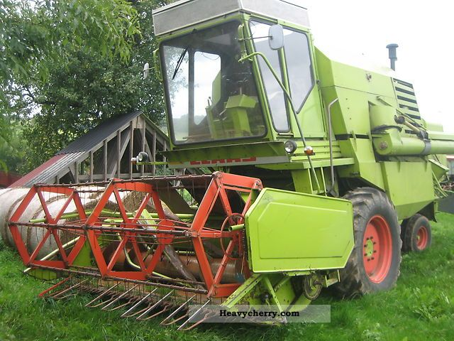 1979 Claas  Mercator 75 Agricultural vehicle Combine harvester photo