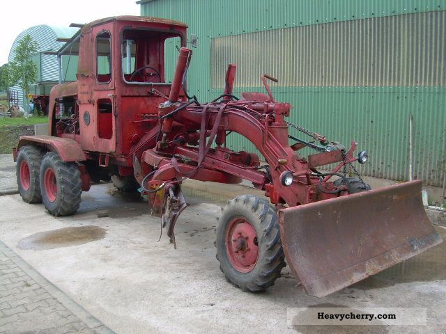 1962 Faun  Graders fresh 50 D, 3-axle, front and middle blade Construction machine Grader photo