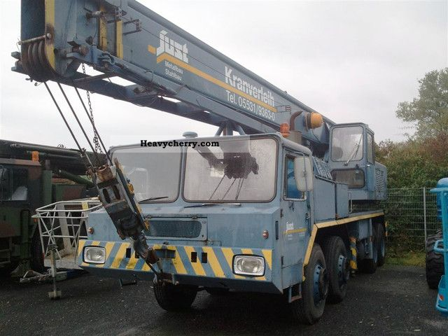 1970 Faun  Faun / Grove TM275 Truck over 7.5t Truck-mounted crane photo